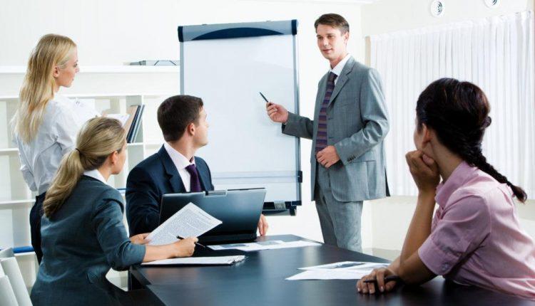 Bí quyết giao tiếp trong kinh doanh mà bạn nên biết