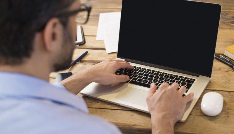 Lập trình web cho người mới nên bắt đầu từ đâu?